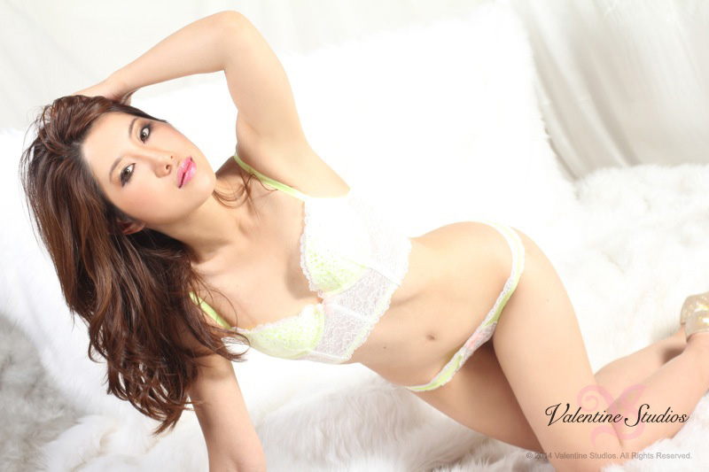 boudoir-photo-beautiful-asian-62