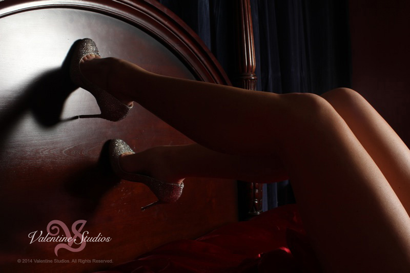 Valentine Studios boudoir photo shoot of sexy legs.